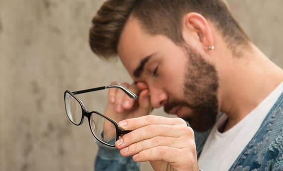 Jangan Berlebihan Menggosok Mata - Cara Menjaga Kesehatan Mata