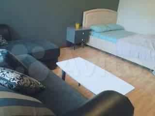 1-к квартира, 38 м², 2/10 эт.