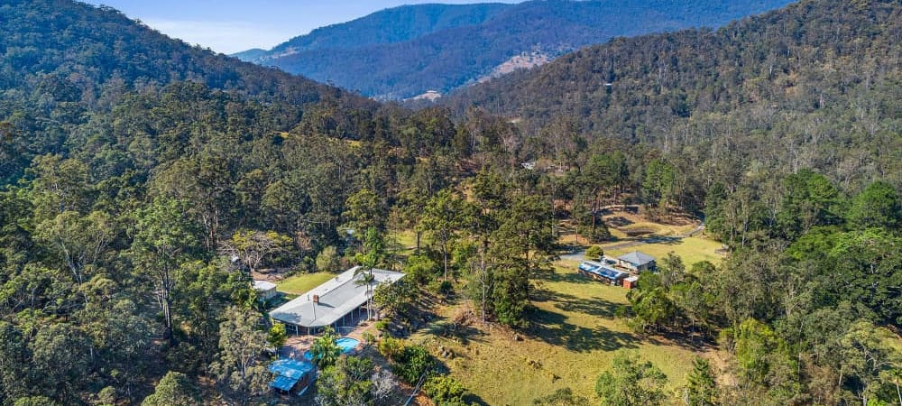 Brisbane Hinterland Rural Retreat