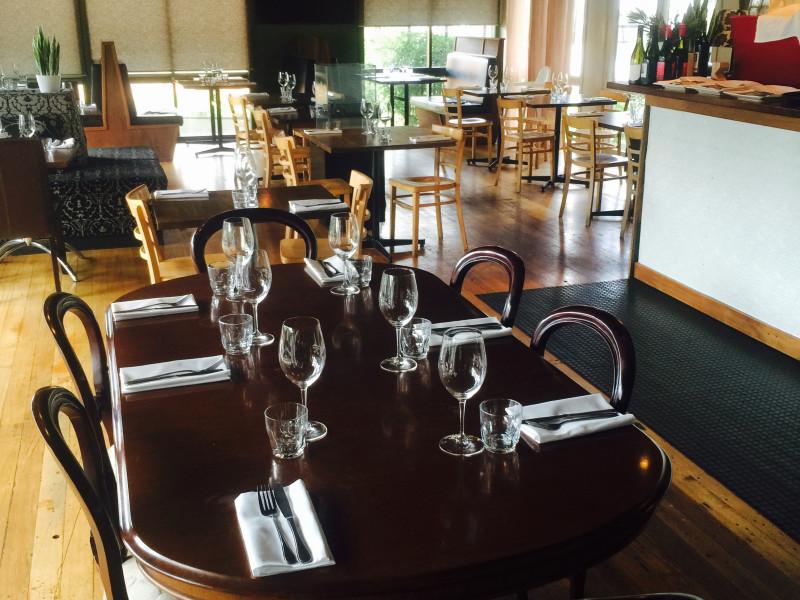 Wild Oak Restaurant .