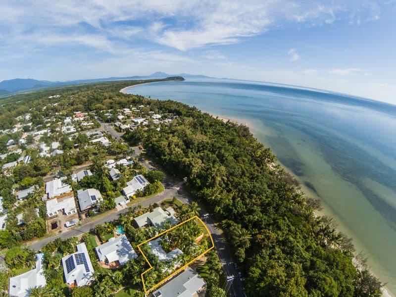 Paradise Villa B&B Port Douglas. Paradise Villa Aerial to PD