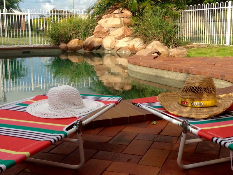 Turtle Trail Retreat. RELAX BY THE SALTWATER POOL