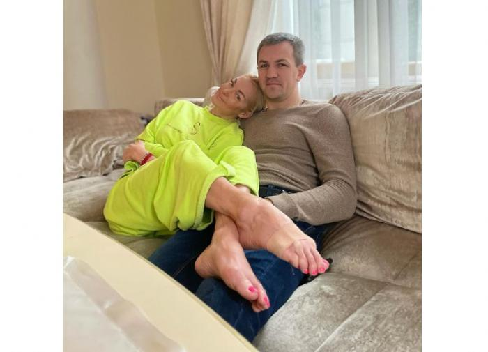 "Волочкова показала красавца-жениха целиком и без купюр: ""По-волочковски!"""