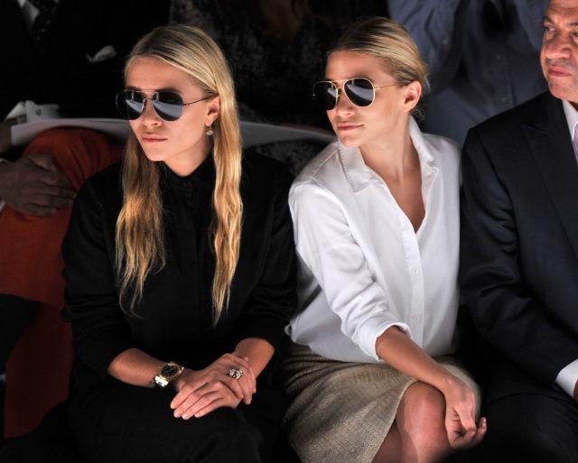 От кардиганов до платьев: бренд сестёр Олсен The Row выпустил капсульную коллекцию. Показываем и рассматриваем