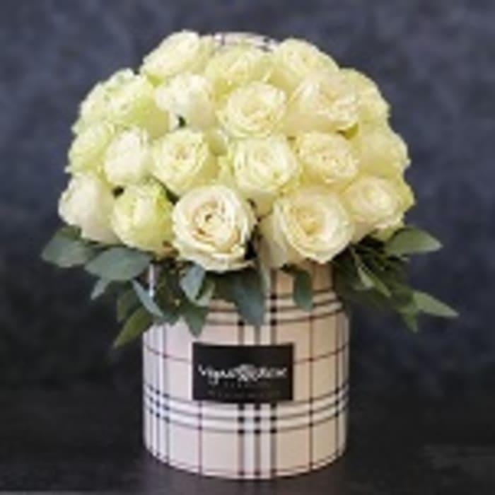 WHITE ROSES IN ANY BURBURRY BOX