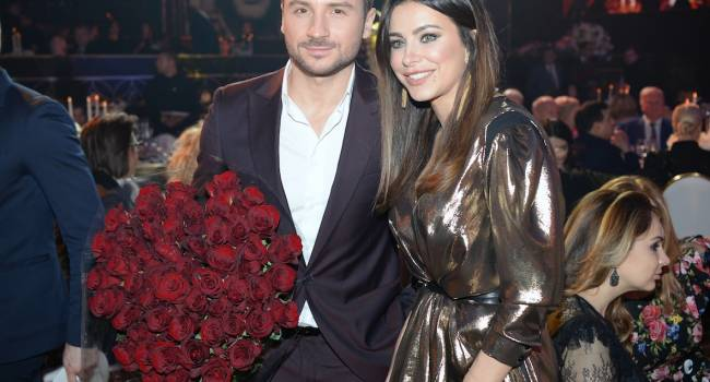 «Вы созданы друг для друга»: Ани Лорак поделилась новым фото с Лазаревым, который пришел к ней в гости