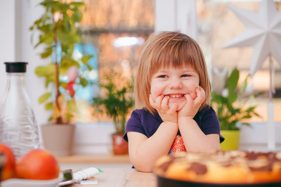 Choosing healthy snacks for kids