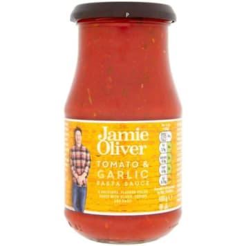 Sos pomidorowy z oliwkami i czosnkiem – Jamie Olivier to typowo włoski smak gotowy z kilka minut.