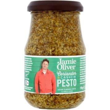 Pesto z kolendrą i orzechami nerkowca - Jamie Oliver