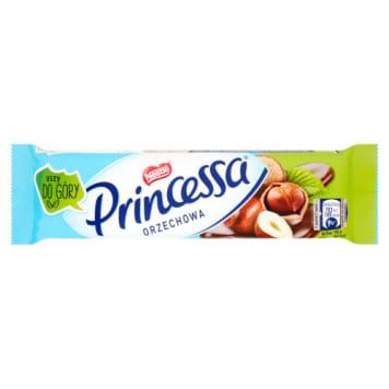Nestle Princessa Wafelek orzechowy - lekka i słodka przekąska oblana mleczną czekoladą.