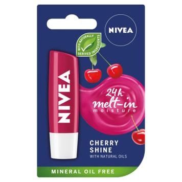 Nivea Fruity Shine Cherry - pomadka do ust, 4,8 g. Produkt długotrwale nawilżający.