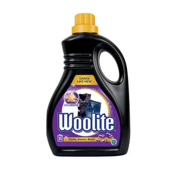 Płyn do prania - Woolite Perła Extra Dark. Skuteczne usuwanie plam i ochrona koloru.