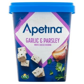 Ser feta w kostkach z czosnkiem i pietruszką - Arla. Doskonały dodatek do sałatek.