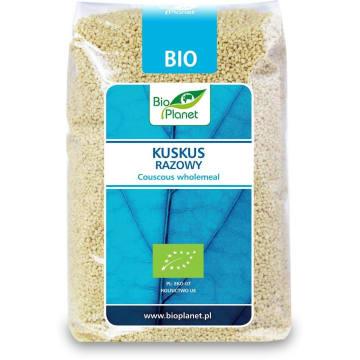 Kus kus razowy to produkt BIO, pozyskiwany z ekologicznych upraw. Może być podstawą sycących dań.