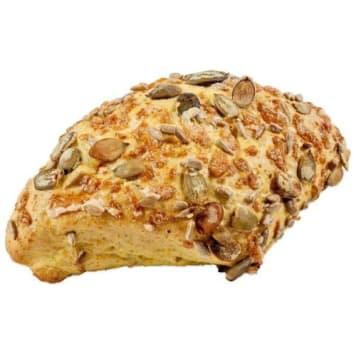 Bułka kukurydziana- Putka. Wypiekana z mąki pszennej.