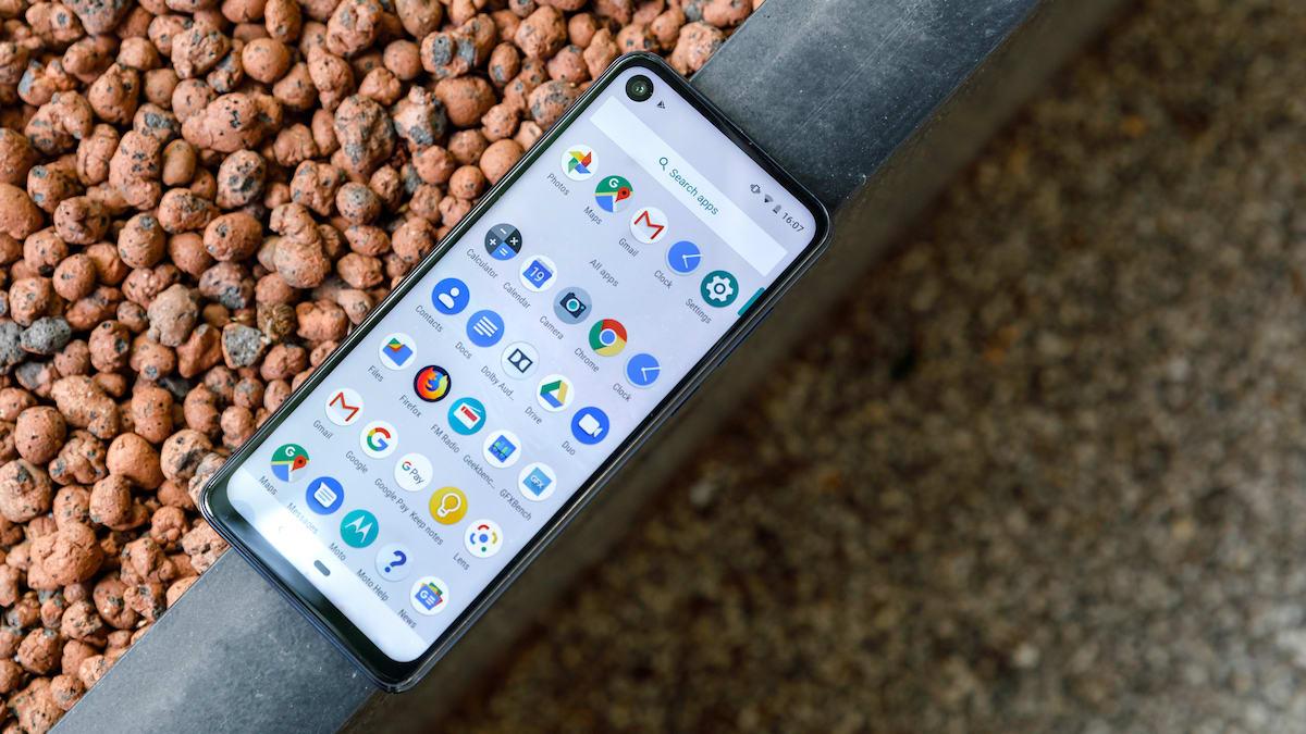 Motorola One Action смартфон для чувствительных глаз