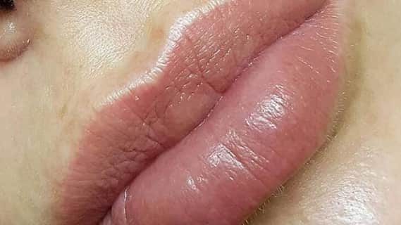 """Перманентный макияж губ """"Акварельная"""" техника"""