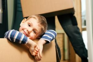 Можно ли прописать ребенка в квартиру без согласия собственника?