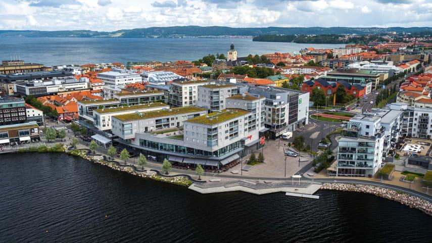 Atollen och Lillsjöplan fotograferade från ovan.