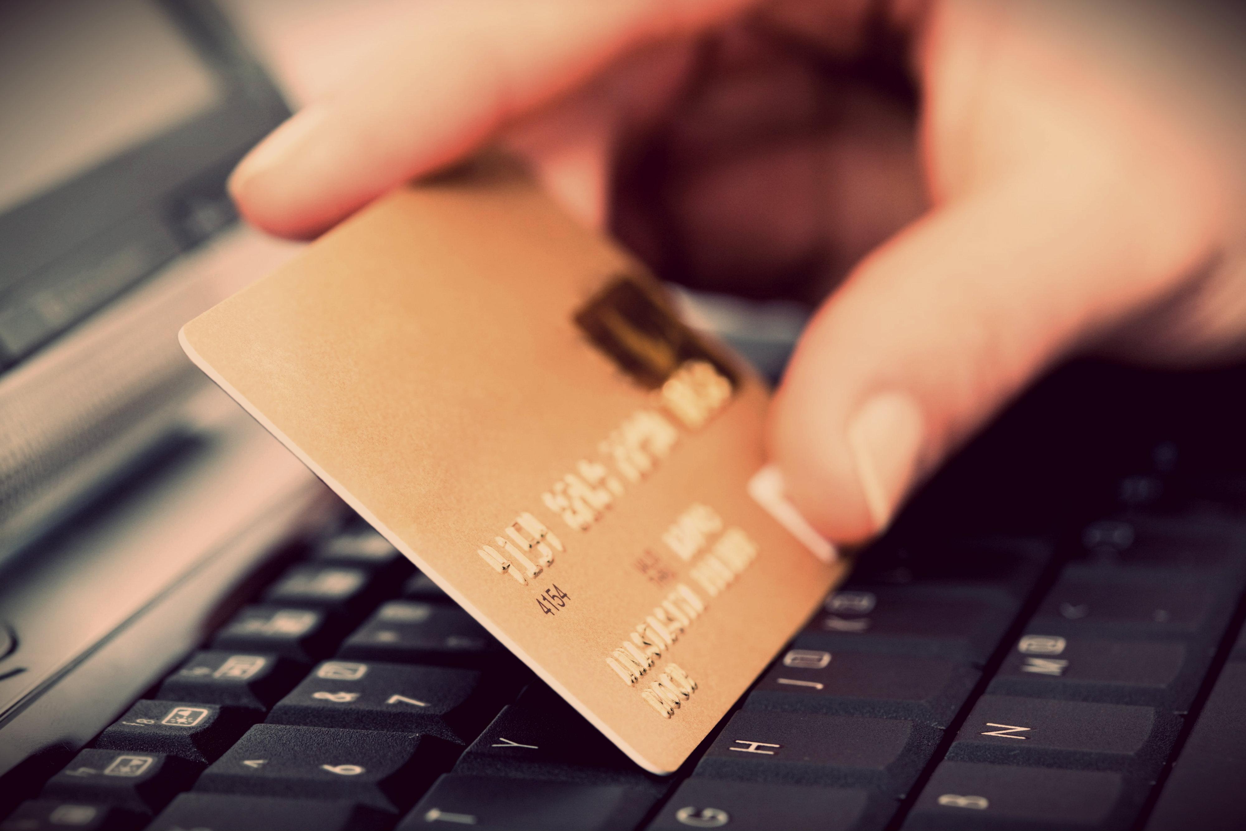 Срок подачи заявления о мошенничестве в полицию онлайн