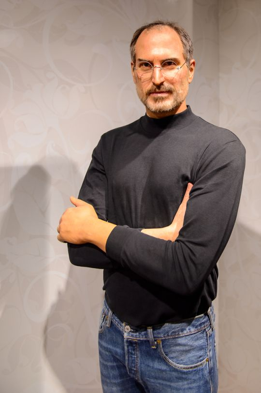 Steve-Jobs-black-turtleneck.jpg