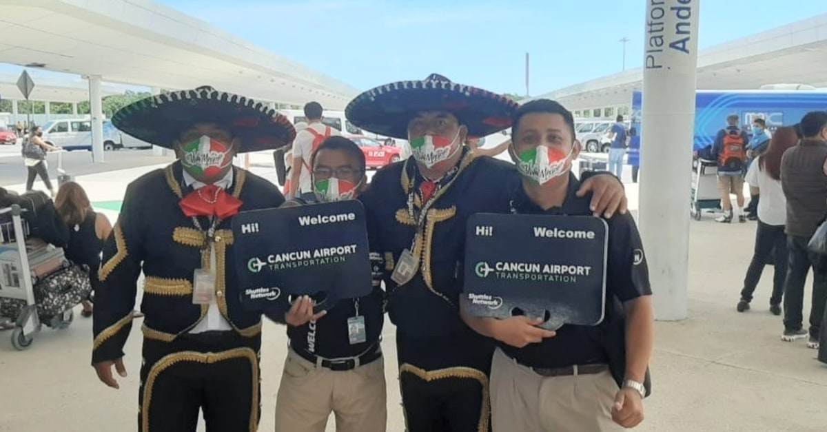 Cancun Airport Transportation - DreamJo.bs