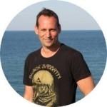 Visnyovszki Ádám             - Üzletfejlesztési Vezető