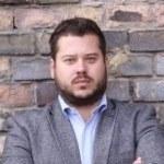Ambrusz Gergő             - CEO