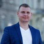 Zsirmik Tibor             - COO