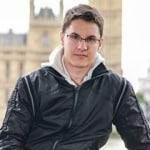 Szabó Bence     - Önkéntes