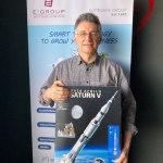 Sándor     - Asztrofizikus professzor