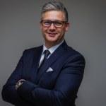 Tápai Gábor     - CEO