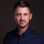 Szegedi Tamás             - vezető fejlesztő, alapító