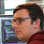 Dávid     - Engine fejlesztő