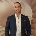 Diczenty-Peti Balázs             - Értékesítési vezető