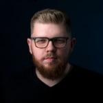 Mankovics Dávid             - CEO