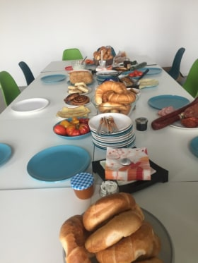 Carussel - Office breakfast