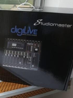 Crystal Audio Kft. - Kedvenc tárgy az irodában  - Budapest, Fehérvári út 120, 1116 Magyarország