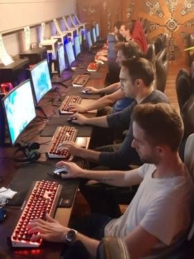 evosoft - Barcraft játékest