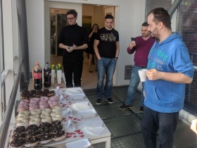 Flexion Mobile Plc Hungary - Treat day