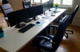 HACKY - Fotó az irodáról