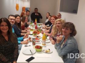 IDBC Creative Solutions - Közös reggeli az irodában