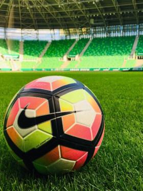 Lagardère Sports Hungary Kft. - Kedvenc tárgy az irodában  - Budapest, Üllői út 129, 1091 Magyarország