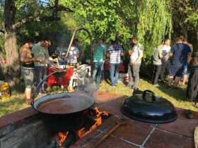 Loxon Solutions - Hagyományos éves kerti partink
