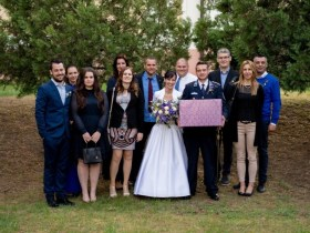 Online Márkaboltok - Több OM Esküvőn is együtt :)