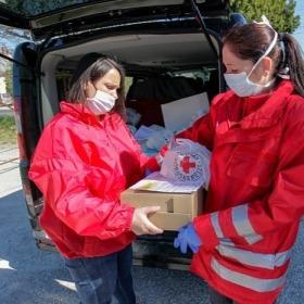 RackForest - Támogatjuk a Vöröskeresztet