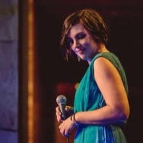 Alma még énekel is nekünk :)