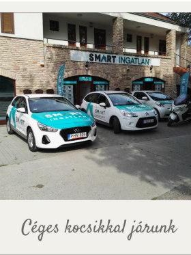 SMART Ingatlan Kft. - SMART-os kocsikkal a városban