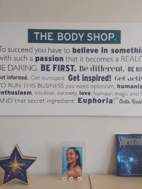 The Body Shop Magyarország - Kedvenc tárgy az irodában  - Budapest, Róna u. 120-122, 1149 Magyarország