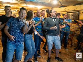 Zengo - Csapatépítő kötelező karaoke